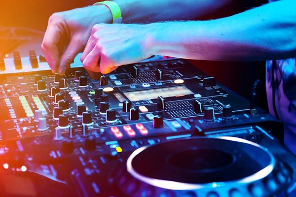 Parties - Hire DJs for Parties and Events in Cork
